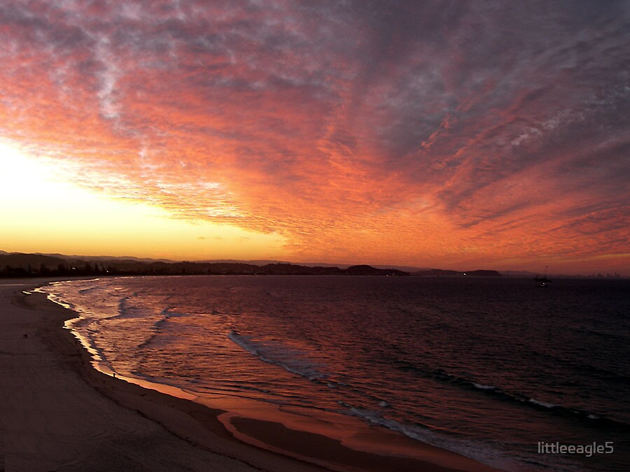 MASTER PAINTERS CANVAS KIRRA BEACH, GOLD COAST AUSTRALIA by littleeagle5