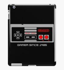 NES 8-Bit Nintenerd Controller iPad Case/Skin