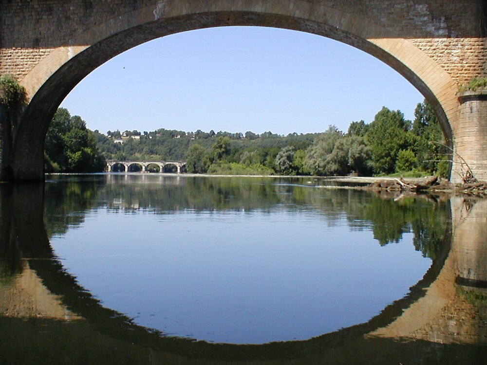 Road bridge over the Dordogne by ralphdot