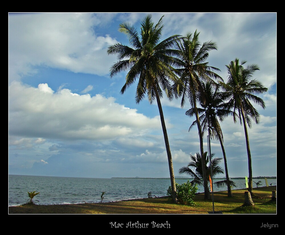 Mac Arthur Beach by Jelynn