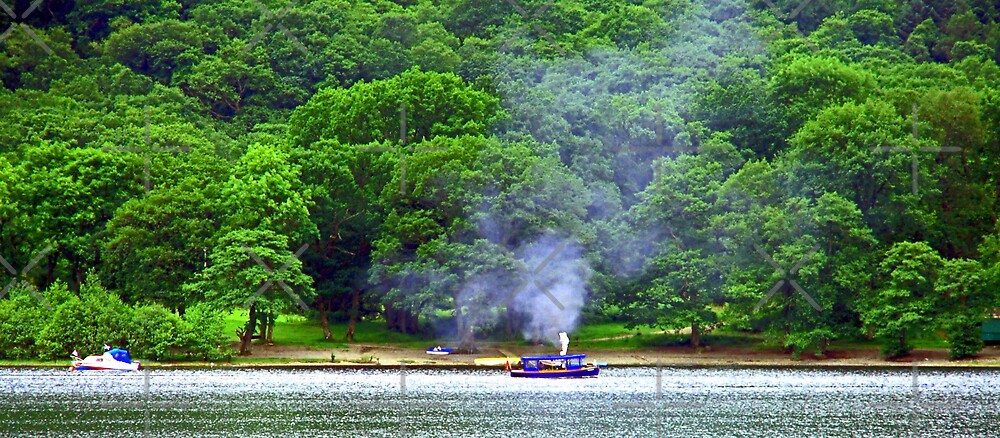 Steamboat on Loch Earn by Tom Gomez