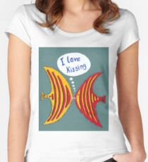 I Love Kissing fish Women's Fitted Scoop T-Shirt