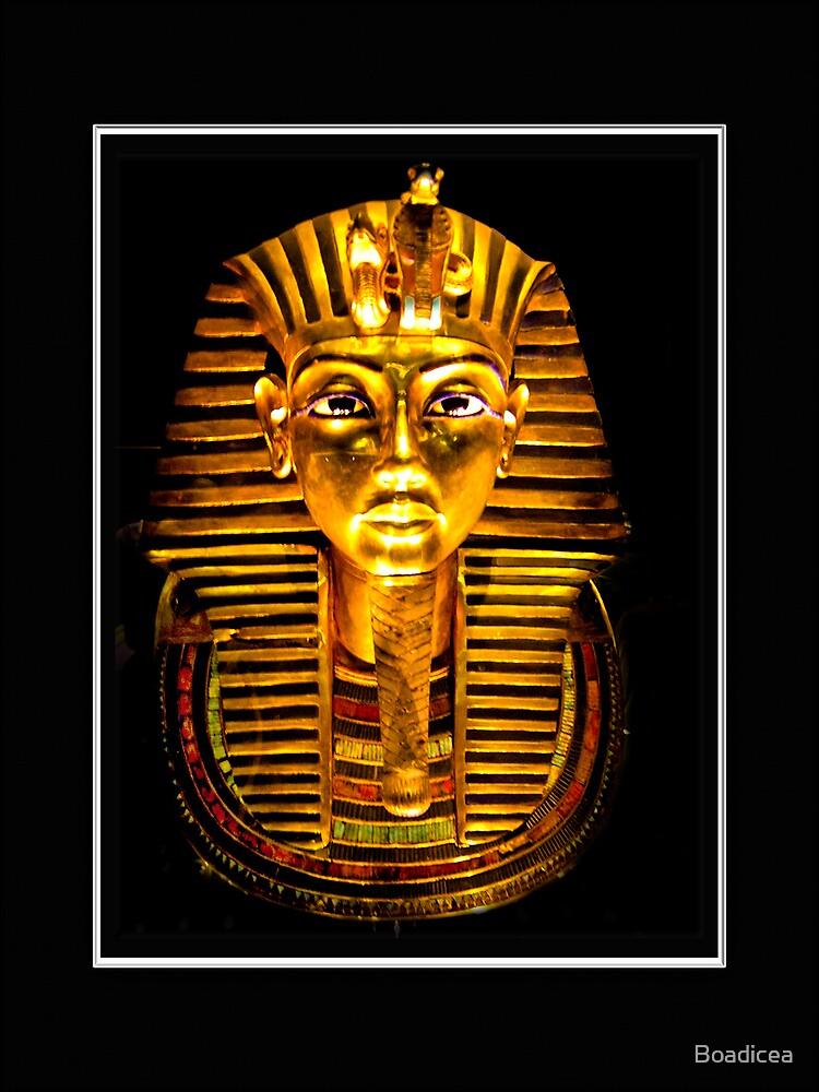 Mask of Tutankamon by Boadicea