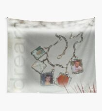 Keepsakes Necklace Wall Tapestry