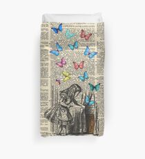 Alice In Wonderland - Let The Adventure Begin Duvet Cover