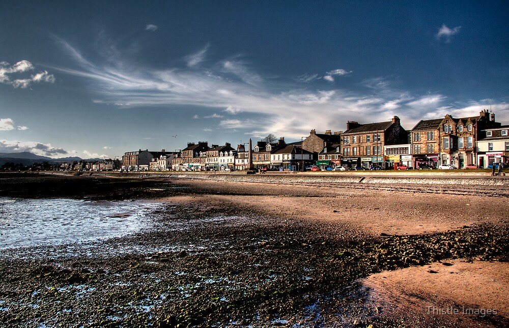 Helensburgh Town by Thistle Images