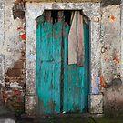 Turquoise door, Bergama by culturequest