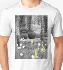 3 Urns ( Yellow ) Unisex T-Shirt