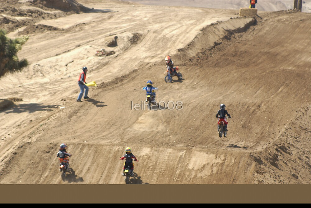 Loretta Lynn's SW Area - Wind Whipped Mini Rider! Competitive Edge MX Hesperia, CA, (1100 Views as of 5-9-11) by leih2008