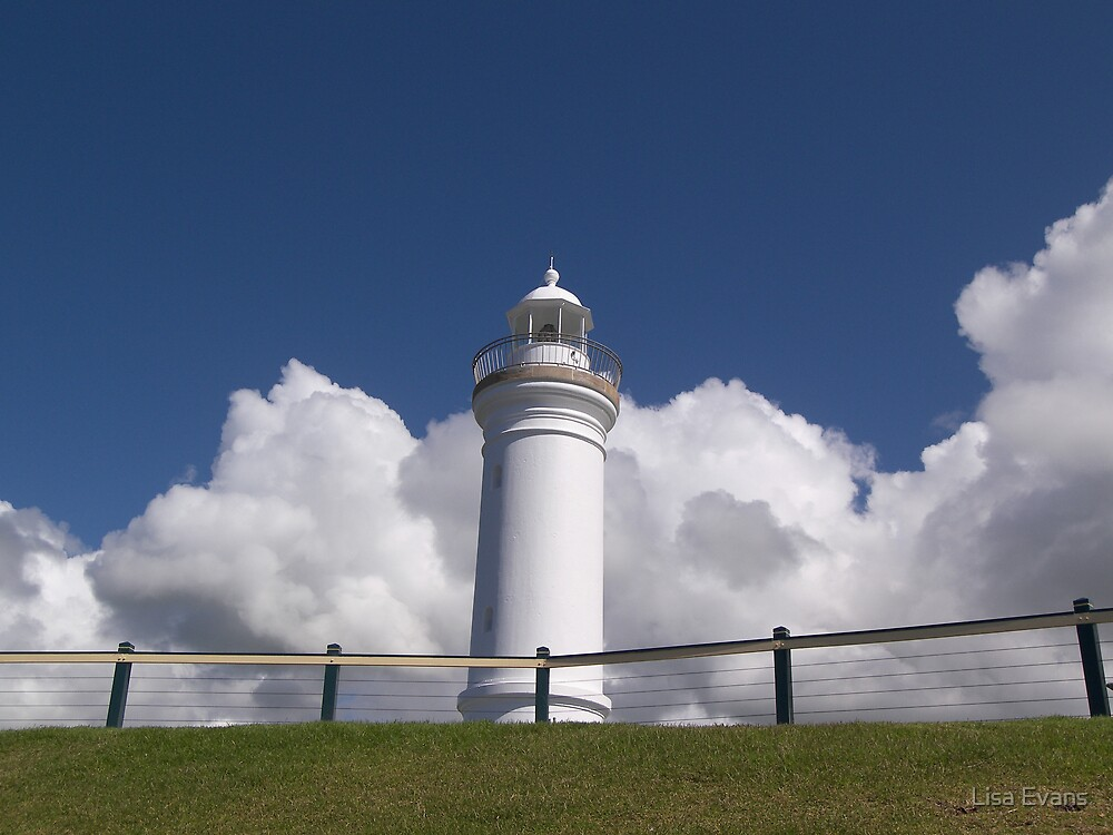 Kiama Lighthouse, New South Wales by Lisa Evans