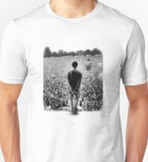OASIS AT KNEBWORTH - posterized image. ICONIC Unisex T-Shirt