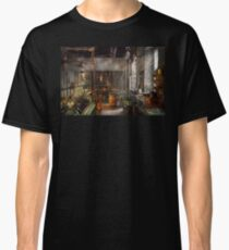 Machinist - Lathes - Machinists paradise Classic T-Shirt