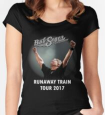 RUNAWAY TRAIN TOUR 2017 - BOB SEGER & SILVER BULLET BAND Women's Fitted Scoop T-Shirt