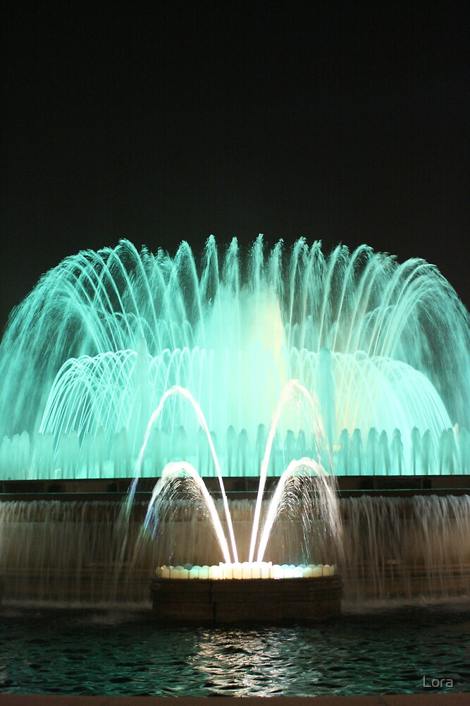 FOUNTAIN by Lora