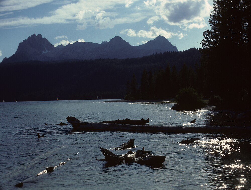 Angel Lake, Montana by bertspix