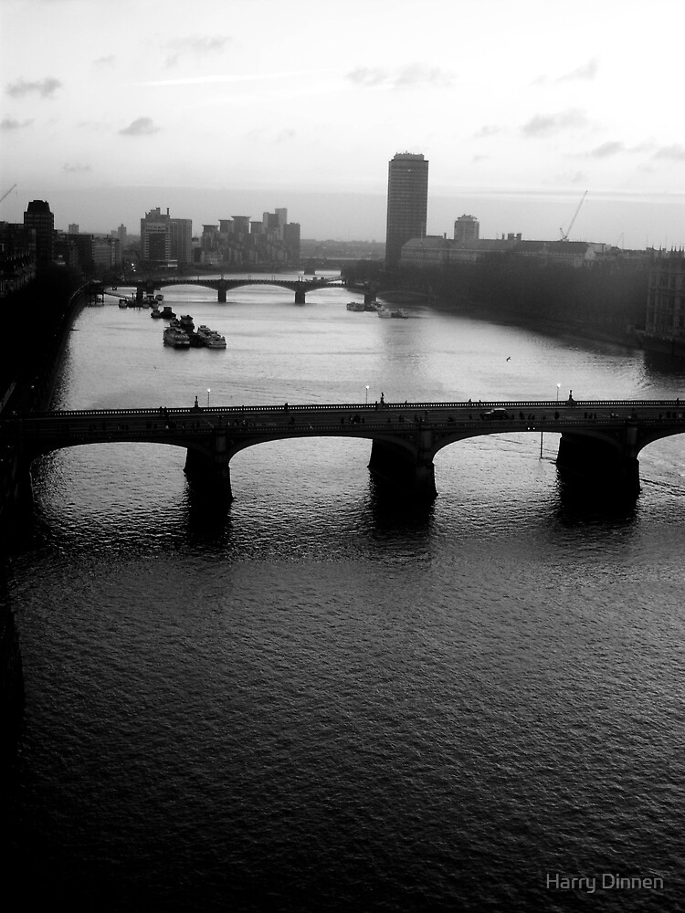 Thames by Harry Dinnen