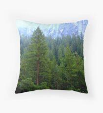 Misty Forest Of Yosemite Dekokissen