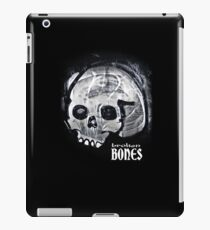BROKEN BLACK iPad Case/Skin