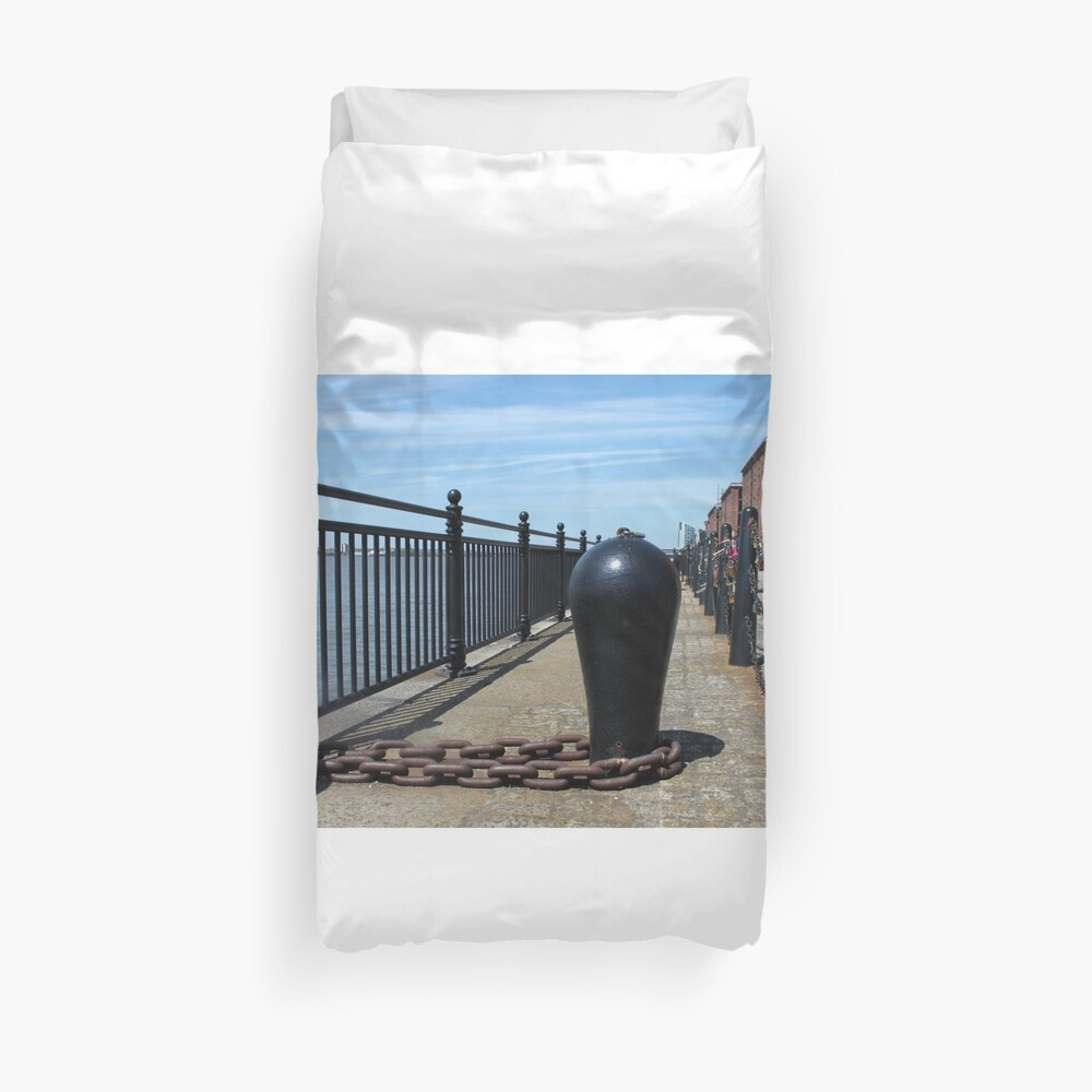 Old Boat Chain Next To The River Mersey, Liverpool, Merseyside Duvet Cover
