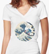 Sonic the Hedgehog - Hokusai Women's Fitted V-Neck T-Shirt