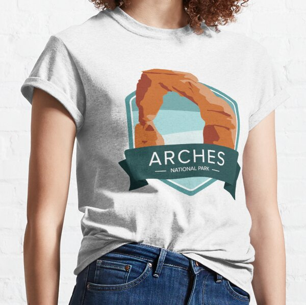 Arches National Park Graphic Badge Classic T-Shirt