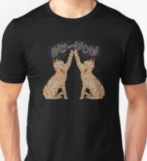We-Wow High fiving cats Unisex T-Shirt