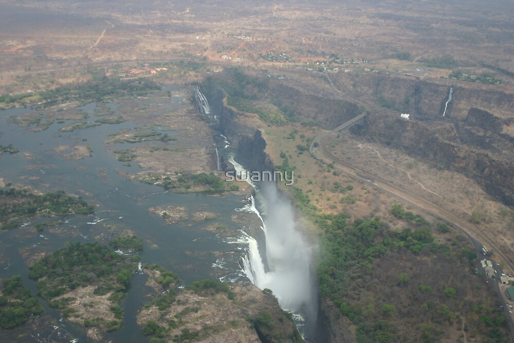 Victoria Falls from the Air by swanny