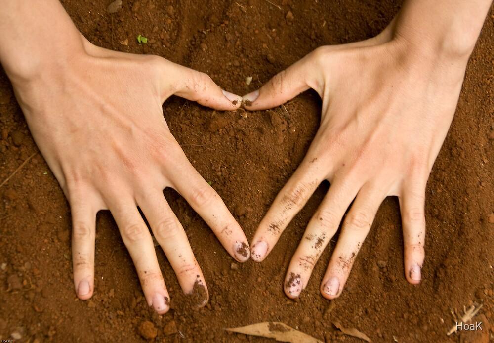 Love Earth by HoaK