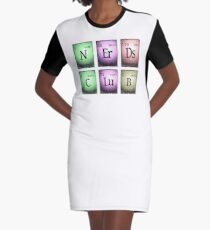 nerds club in chemischen Elementen... T-Shirt Kleid