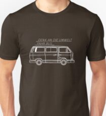 Denk an die Umwelt - Fahr Bus T-Shirt