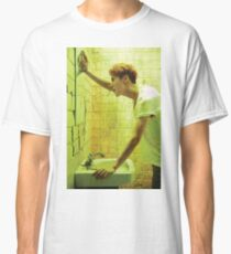exo luhan in the bathroom looking at his beauty in the mirror Classic T-Shirt