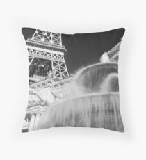 No. 20, La Tour Eiffel de Vegas Throw Pillow