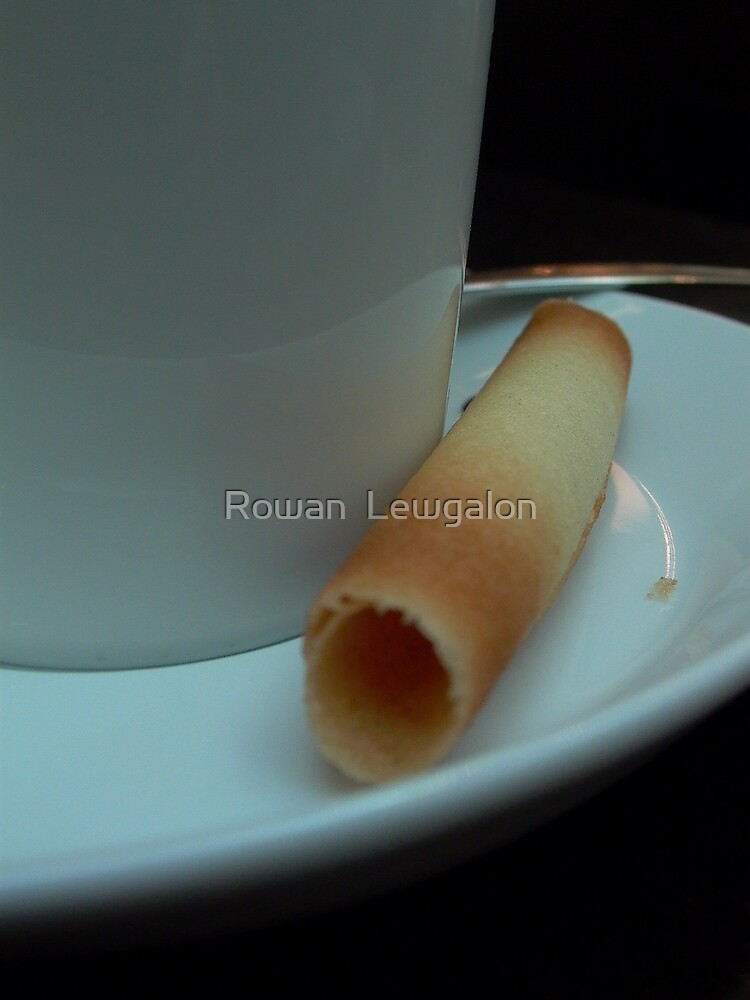 Cigarette Russe by Rowan  Lewgalon