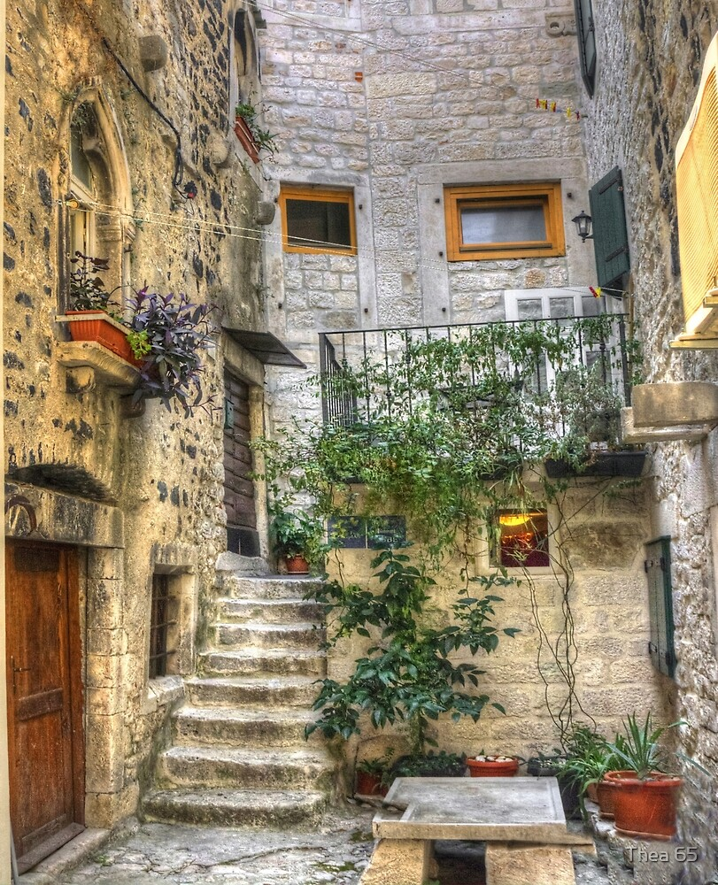 One of those lovely corners - in Trogir by Thea 65
