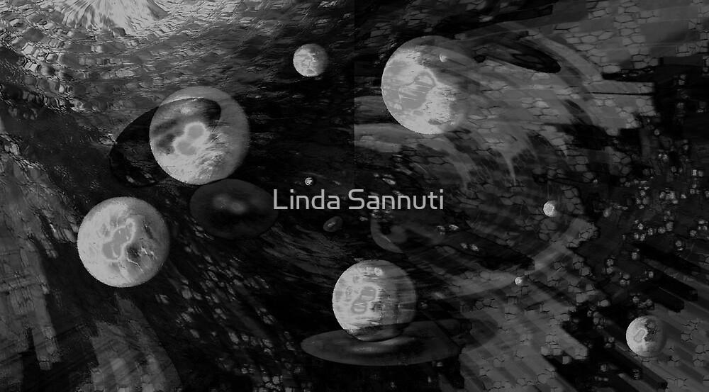 planets by Linda Sannuti