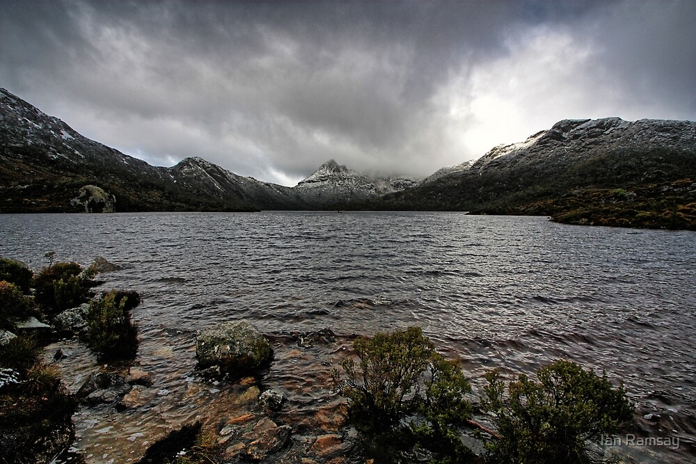 Cradle Mountain from Dove Lake. by Ian Ramsay