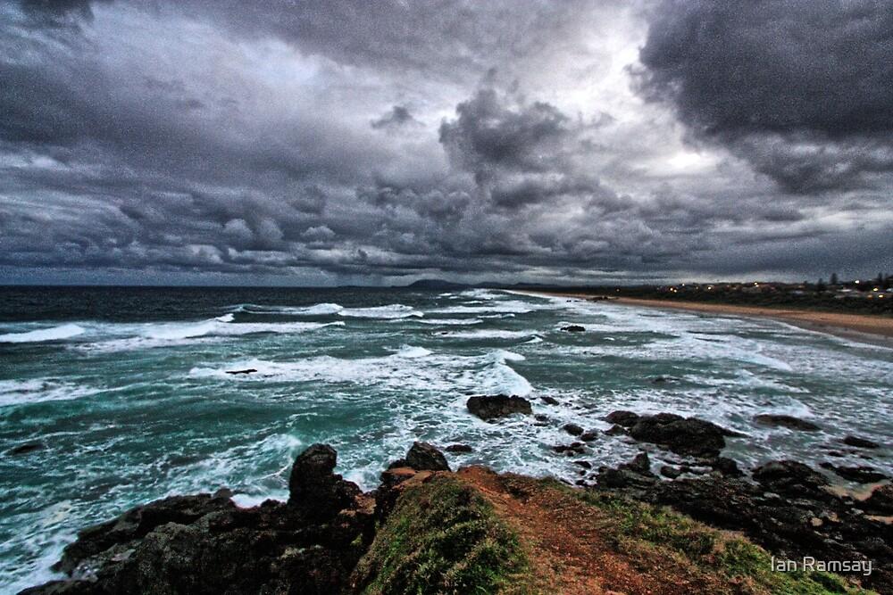 Lighthouse Beach. by Ian Ramsay