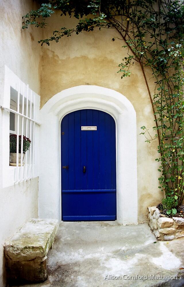 Blue Door en Provence by Alison Cornford-Matheson