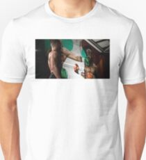 Conor McGregor KO Floyd Mayweather T-Shirt