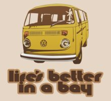 Volkswagen Kombi Tee shirt - Life's Better in a Bay - Yellow