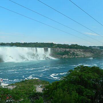 Niagara Falls by valbuquerque