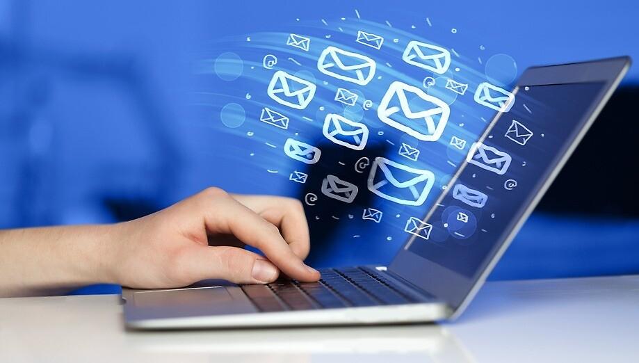 Bulk Email Marketing Solution     by Alpha Sandesh