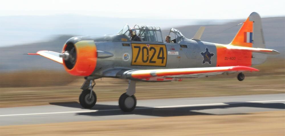 Take-off - Harvard MKIIA #7024 by Paul Lindenberg