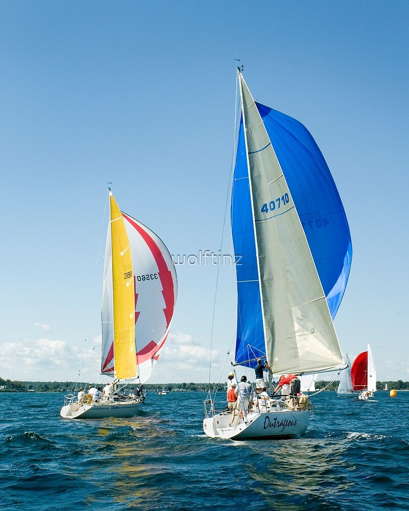 Bright sails and Chutes by wolftinz