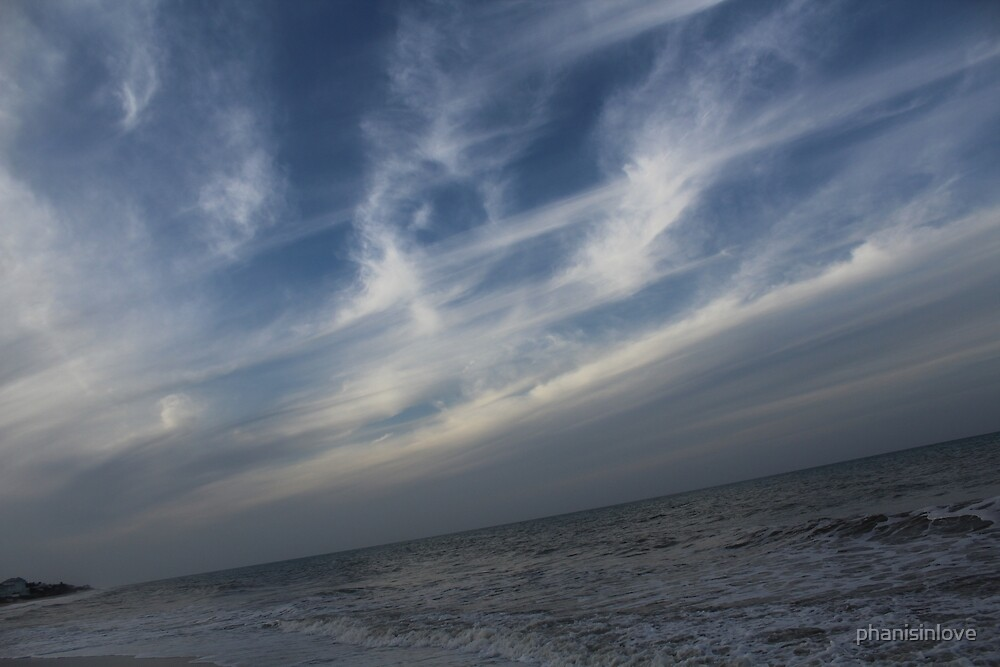 Clouds on the Beach by phanisinlove