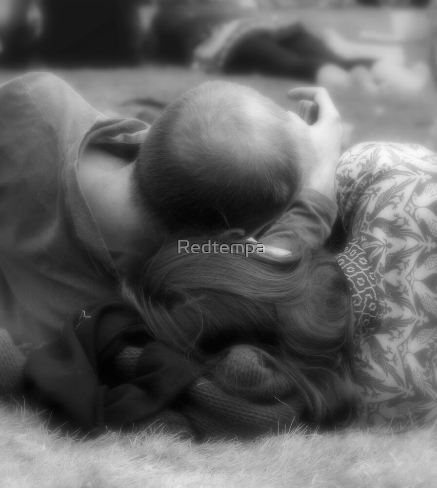 IN LOVE by Redtempa