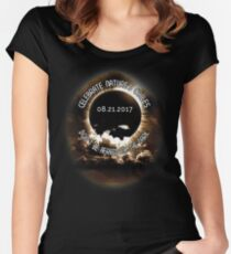 Solar Eclipse 8/21/17  Women's Fitted Scoop T-Shirt