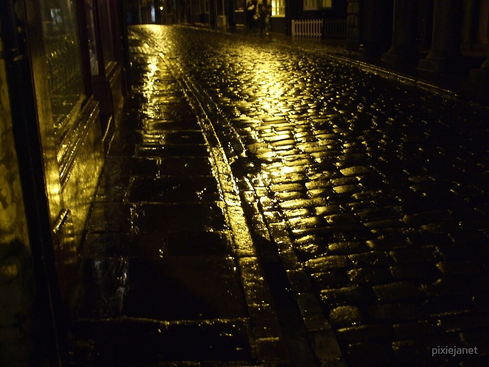 Cobbled Street  in Whitby by pixiejanet