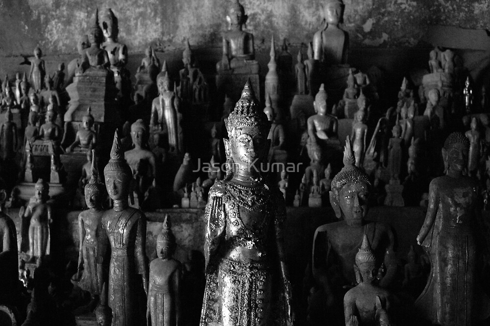 Buddhas everywhere by Jason Kumar
