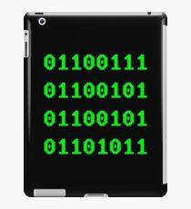 Geek in Binary Code - Retro Funny Coding Programmer clothing iPad Case/Skin